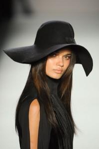 cappelli inverno 2014 online